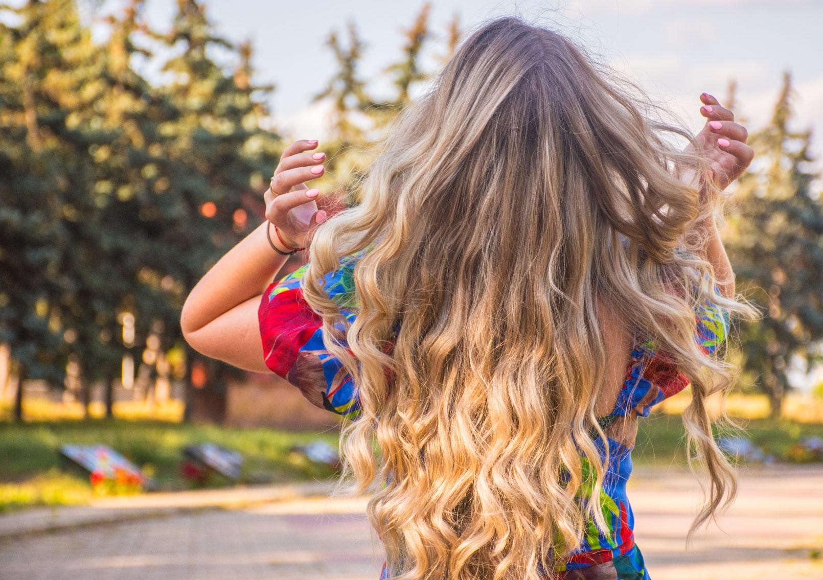 trendy we włosach